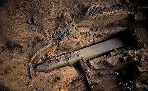 Кто строил египетские пирамиды