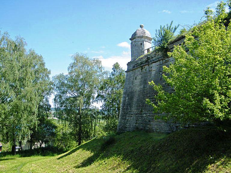 Золочевский замок львовская область