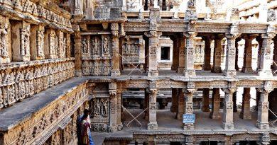 Рани-ки-Вав — «колодец шагов королевы». Индия