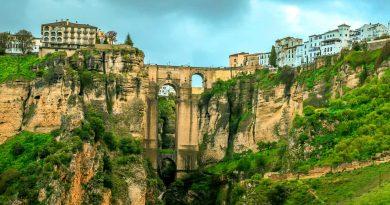 Ронда — древний город на скалах — душа Андалусии