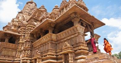 Кхаджурахо — храмы Камасутры. Индия