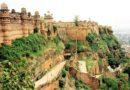 Форты Индии — шедевры оборонительной системы раджпутов.