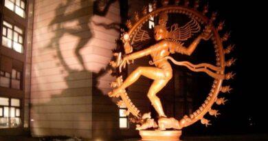 Танец Шивы, CERN и частица бога.