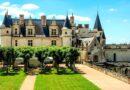 Амбуаз – замок французских королей. Здесь Леонардо писал Джоконду.