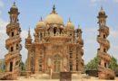 Сказочный дворец-мавзолей Махабат Макбара. Индия