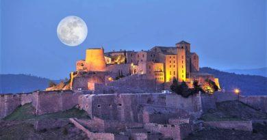 Замок Кардона — неприступная крепость Каталонии. Легенды и привидения.